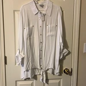 Avenue white size 30/32 brand new with tags shirt